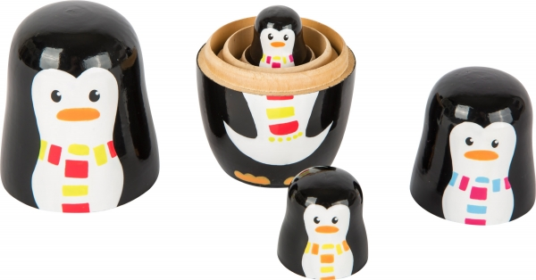 Familia de pinguini Matryoshka 1