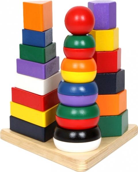 Piramida cu forme din lemn 0