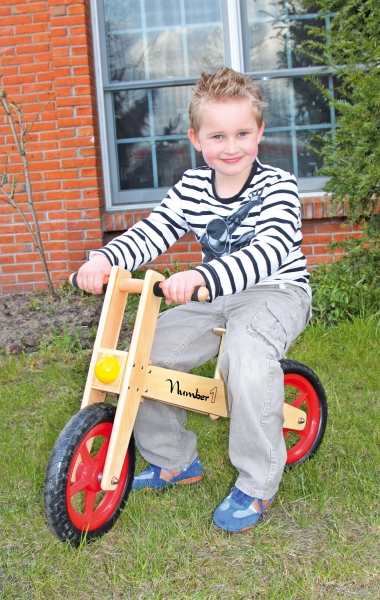 Bicicleta de echilibru din lemn 1
